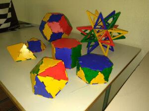 Modelli di poliedri costruiti con tessere di polydron